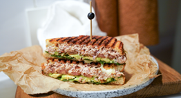 Spicy Tuna Melt med avokado